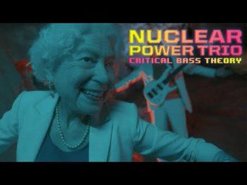 """Nouveau clip pourMiddle-Aged Queersavec """"Satanic Mills"""", à découvrir ici.Shout at the..."""