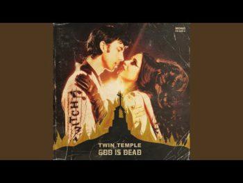 Nouveau single pour Lost Society : No Absolution s'écoute dans la suite. Le groupe déclare avoir pas mal de...