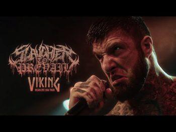 """Nouveau clip de Blink-182 avec """"Happy Days"""" dans lequel figurent des fans."""