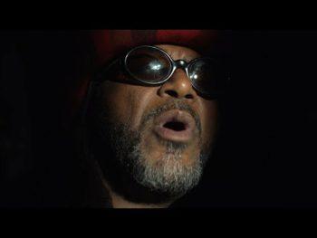 Pour s'occuper pendant le confinement Mantar a enregistré un album de reprises intituléGrungetown...